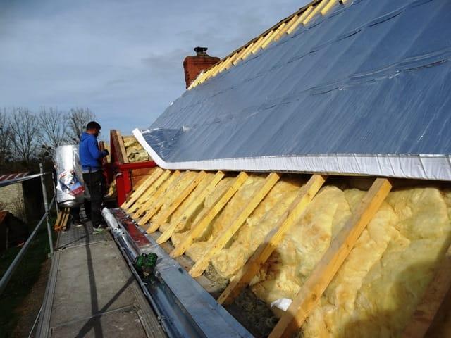 Bretagne : isolation d'une toiture sans réhausse